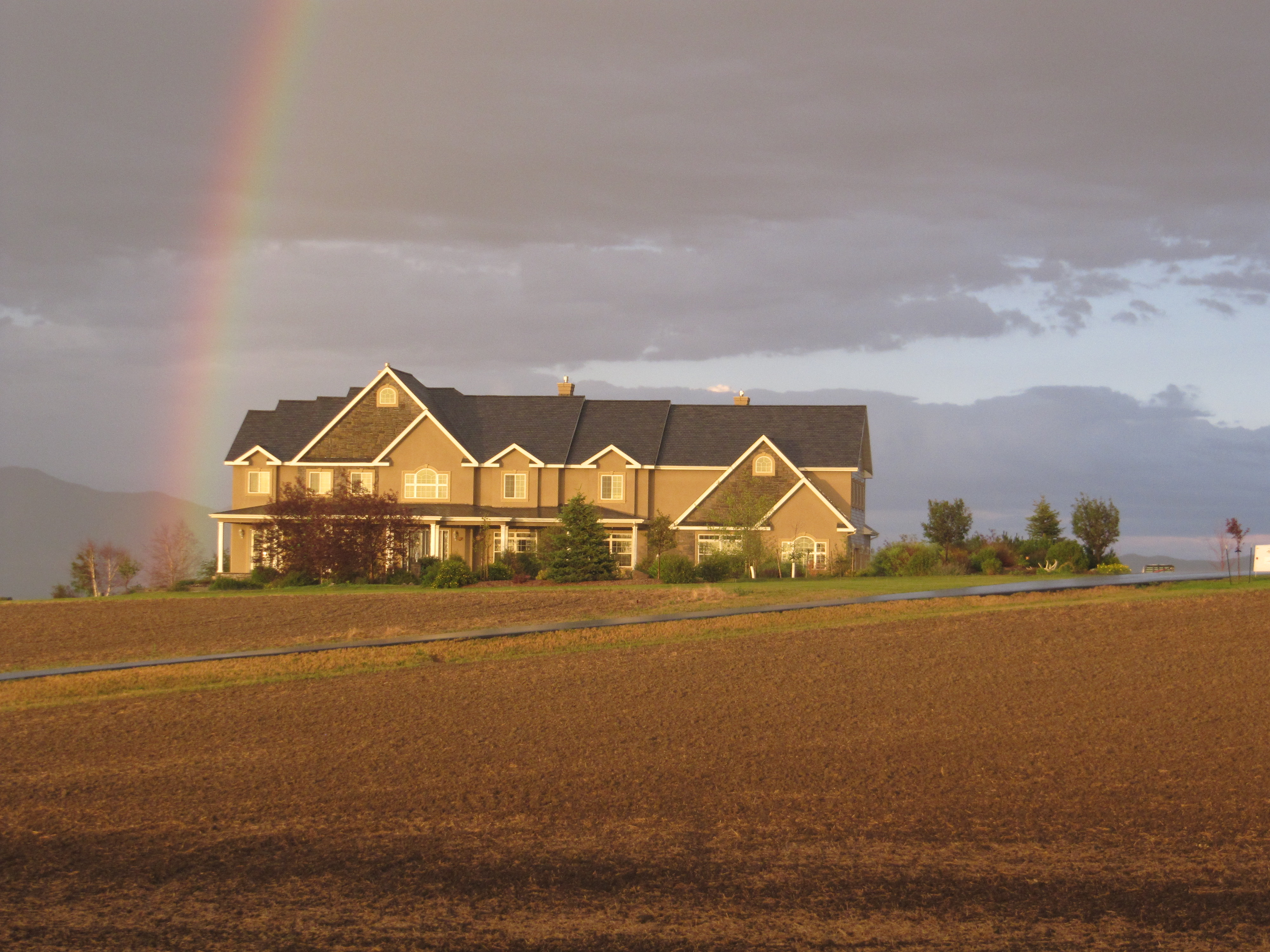 Bozeman Montana custom home rainbow